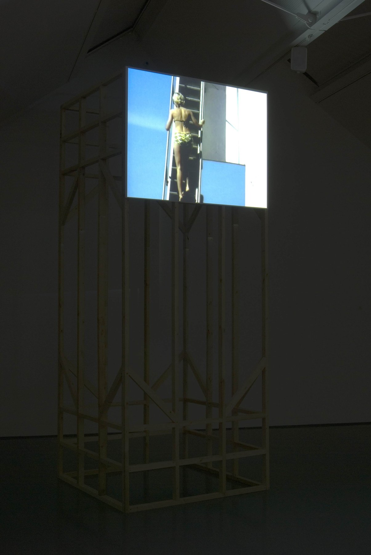 Where she is at, 2001, DV, 07'35'', loop, installation view, Modern Art Oxford, 2010